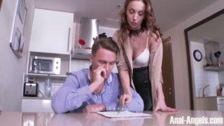 Horny Milf Hazel Dew Is Relaxing With Her Boyfriend's Dick